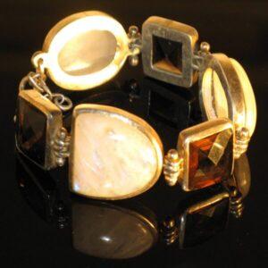 Moonstone og quartz armbånd